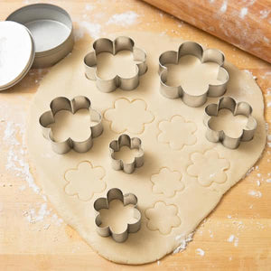 Cutter Set Graduated Daisies or Blossoms Set of 6 - Art Is In Cakes, Bakery & SupplyCookie CutterDefault Title