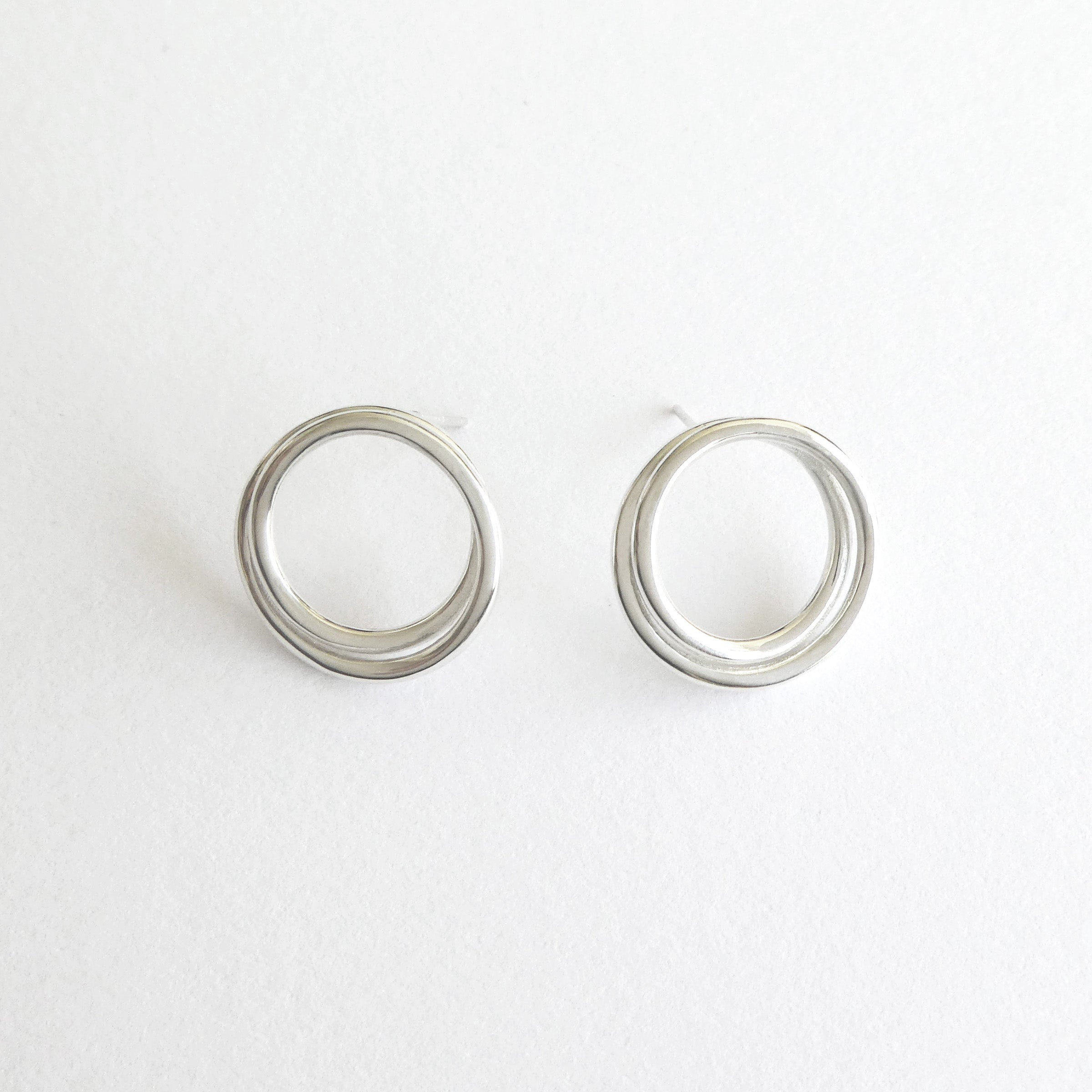 laine divine howlite earrings earring circle sidd stud