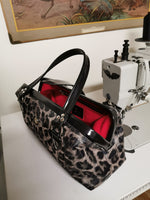 Small City Bag - Gray Leopard Vinly / Red Lining