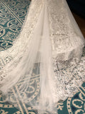 Tia adora 7757 size 10 ivory lace wedding dress