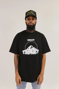ENJOY THE VIEW ESSENTIAL TEE-BLACK