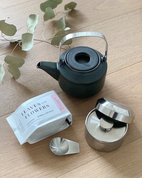 The Tea Drinker Bundle Deluxe - Leaves & Flowers and Kinto Japan | H. SMITH