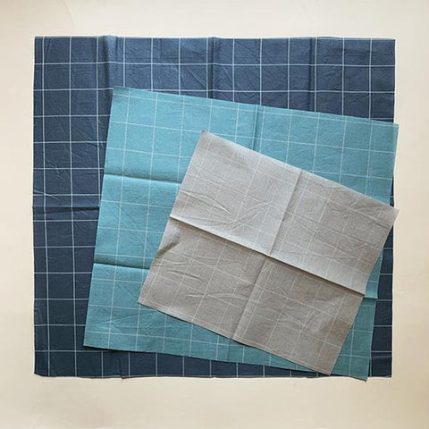 Beeswax Cotton Wraps in Cool Check by Haps Nordic
