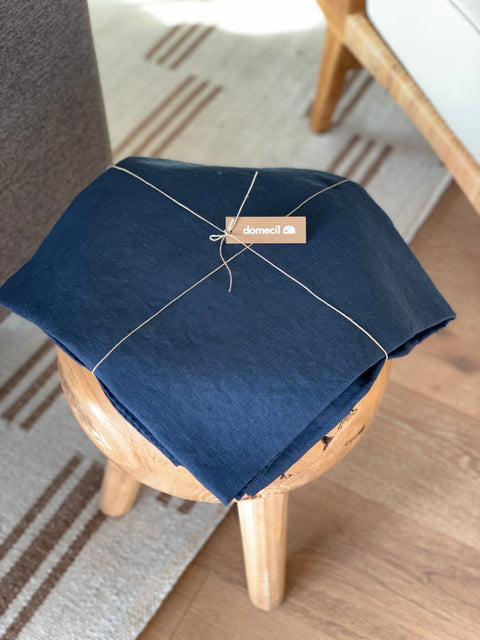 Navy Blue Linen Tablecloth by Domecíl