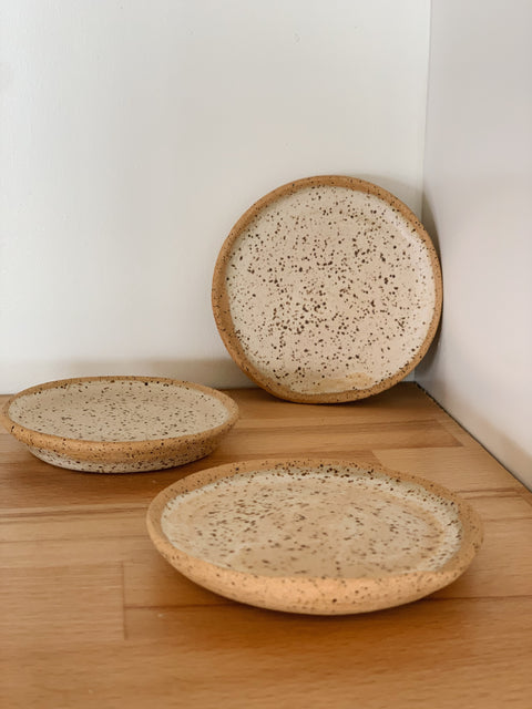 Creamy Speckle Mini Plates by Hannah Garvin