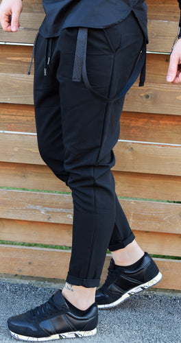 PANTALONII ALL BLACK