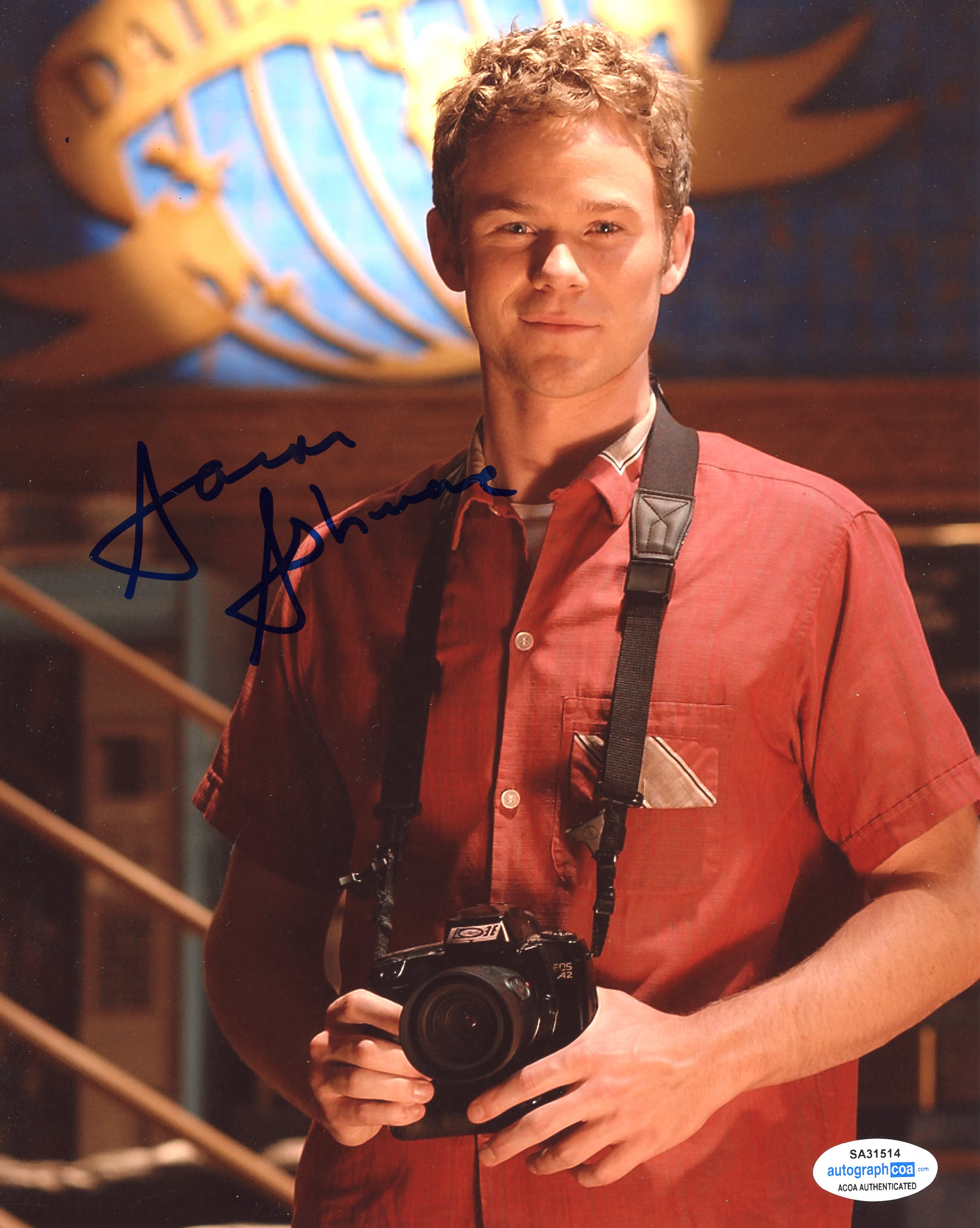 Aaron Ashmore Smallville Signed Autograph 8x10 Photo ACOA - Outlaw Hobbies Authentic Autographs