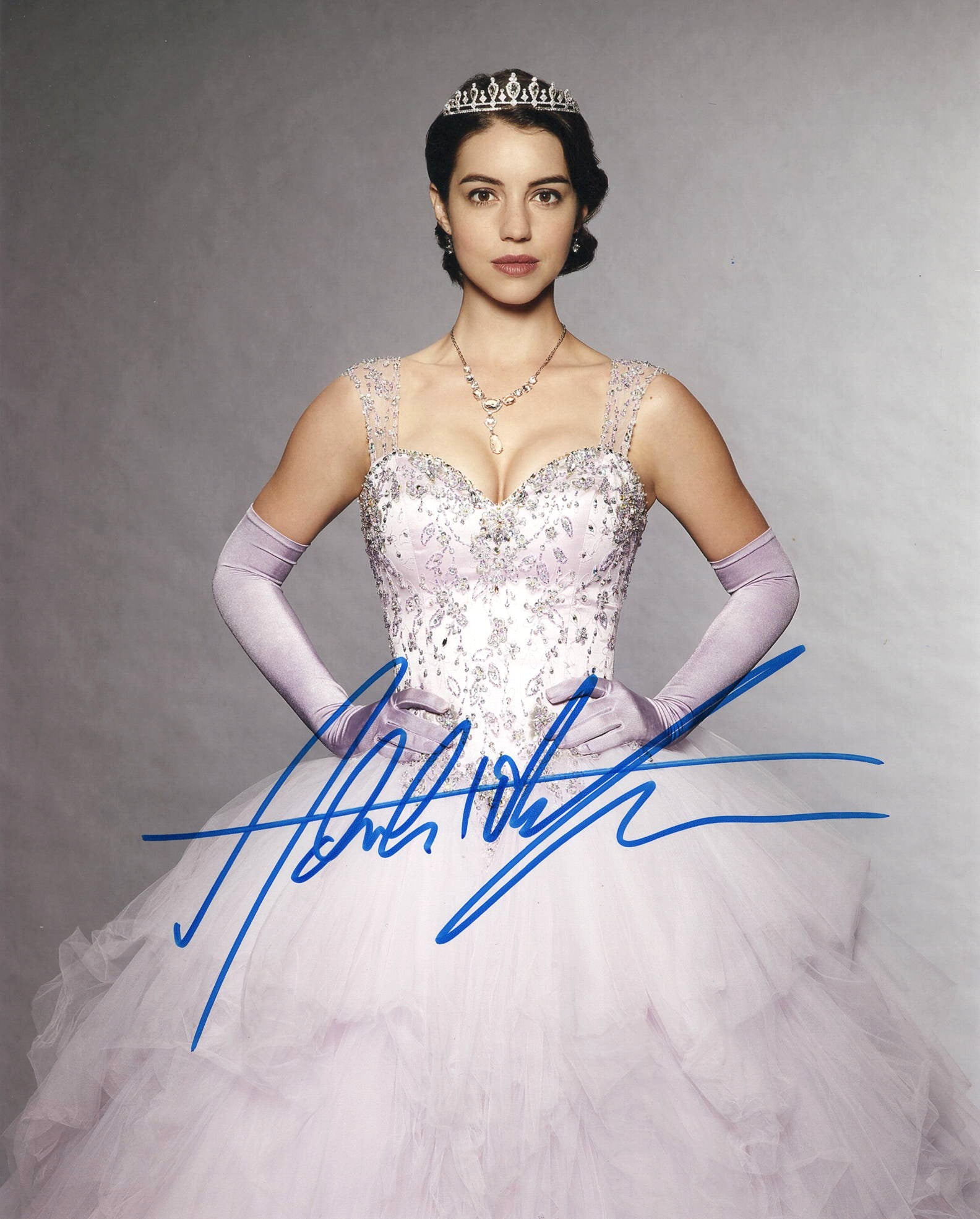 Adelaide Kane Once Upon A Time Signed Autograph 8x10 Photo #2 - Outlaw Hobbies Authentic Autographs