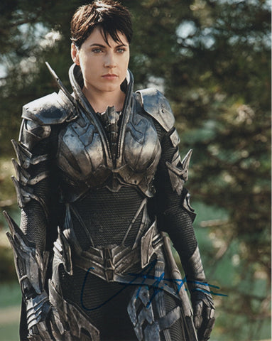Antje Traue Man of Steel Signed Autograph 8x10 Photo