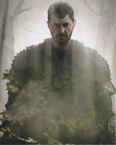 Richard Armitage Signed Autograph 8x10 Pilgrimage Photo #11 - Outlaw Hobbies Authentic Autographs