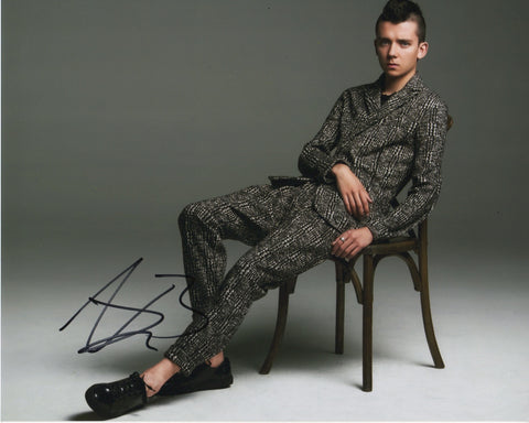 Asa Butterfield Sex Education Signed Autograph 8x10 Photo #3