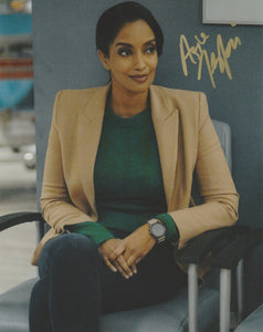 Azie Tesfai Autograph 8x10 Photo Supergirl #2 - Outlaw Hobbies Authentic Autographs