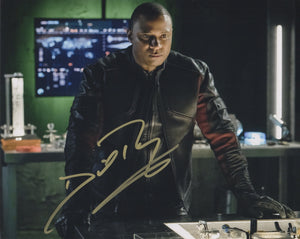 David Ramsey Arrow Signed Autograph 8x10 Photo #2
