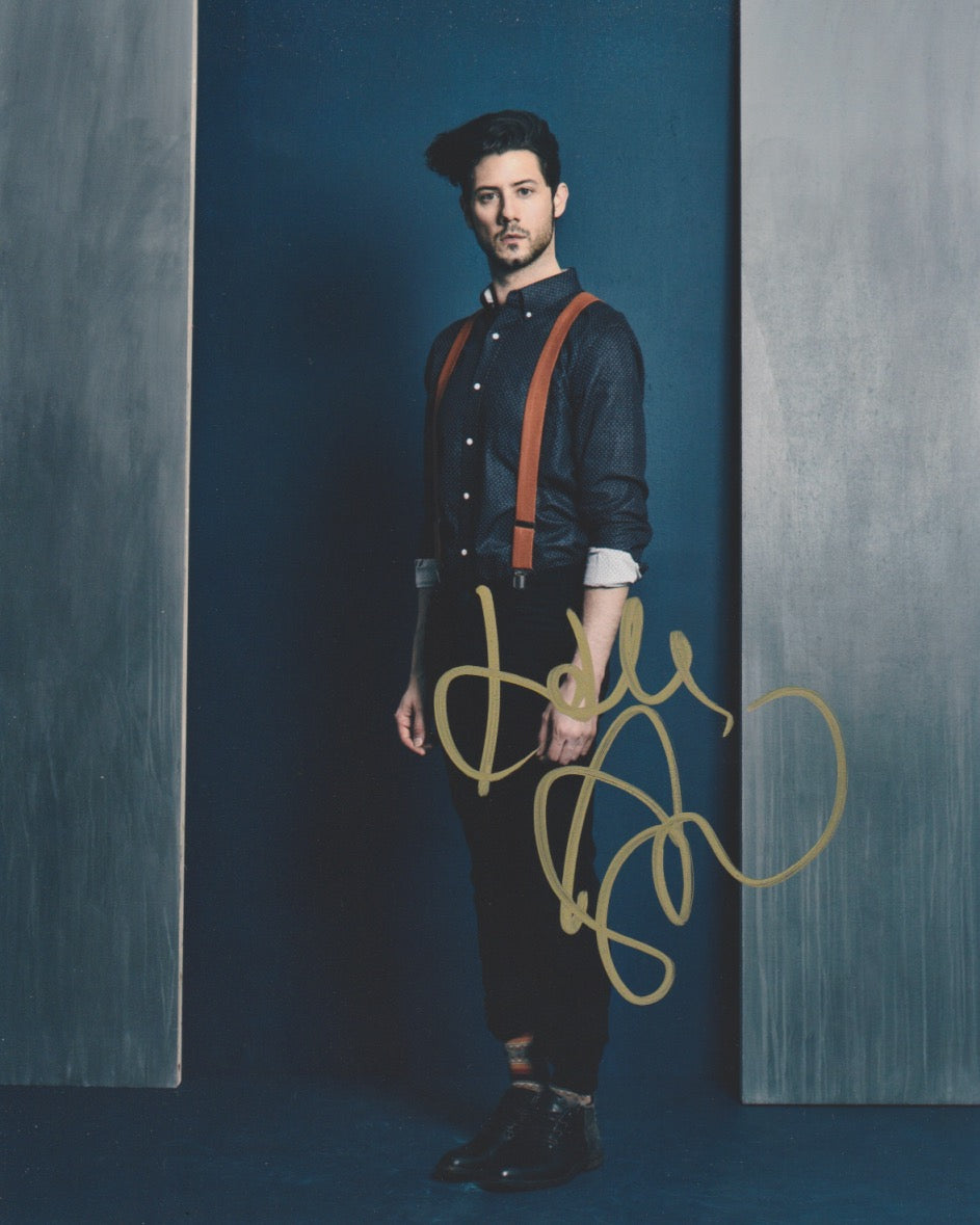 Hale Appleman Magicians Signed Autograph 8x10 Photo #6