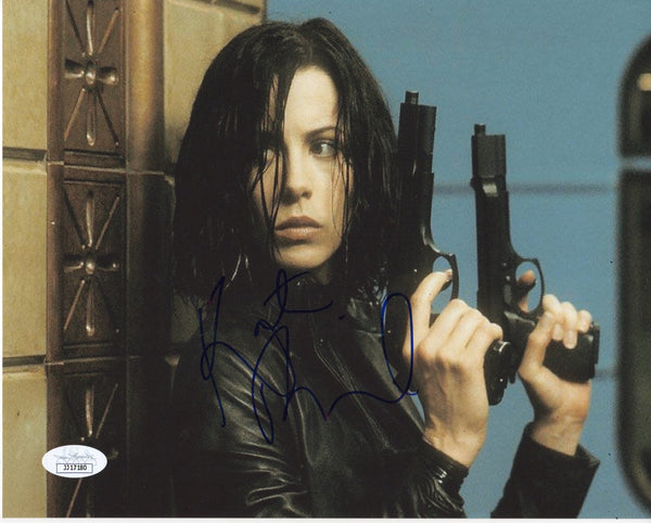 Kate Beckinsale Underworld Signed Autograph 8x10 Photo JSA Authentic #12 - Outlaw Hobbies Authentic Autographs
