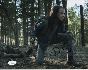 Dafne Keen Wolverine Signed Autograph 8x10 Photo JSA Authentic #4 - Outlaw Hobbies Authentic Autographs