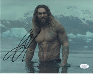Jason Momoa Aquaman Signed Autograph 8x10 Photo JSA COA #5 - Outlaw Hobbies Authentic Autographs