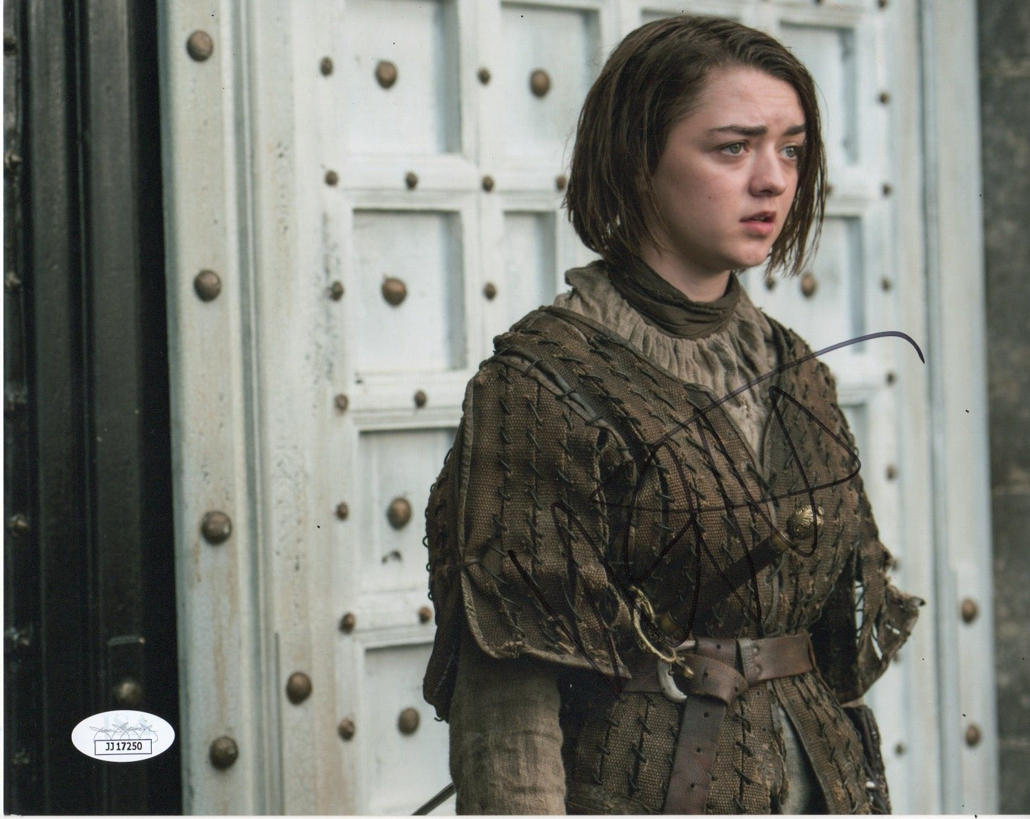 Maisie Williams Game of Thrones Signed Autograph 8x10 Photo JSA Arya Authentic #6 - Outlaw Hobbies Authentic Autographs