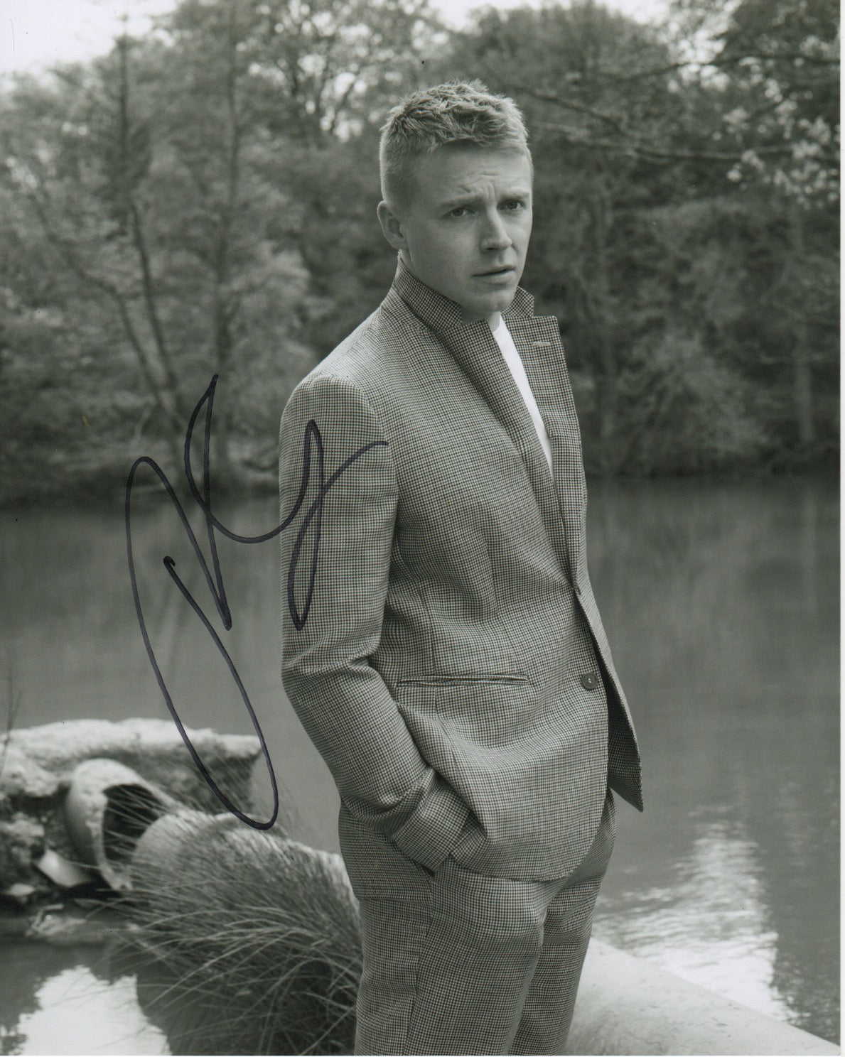 Jack Lowden Signed Autograph 8x10 Photo #2 - Outlaw Hobbies Authentic Autographs