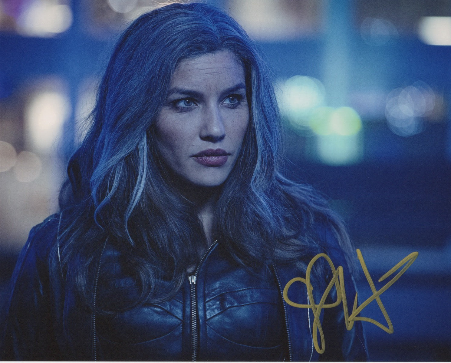 Juliana Harkavy Arrow Signed Autograph 8x10 Photo #2 - Outlaw Hobbies Authentic Autographs