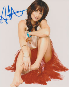 Juliette Lewis Sexy Signed Autograph 8x10 Photo  #10