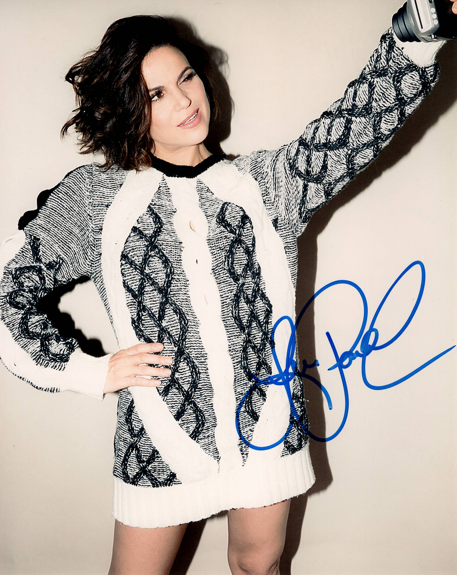 Lana Parrilla Once Upon A Time Sexy Signed Autograph 8x10 Photo - Outlaw Hobbies Authentic Autographs