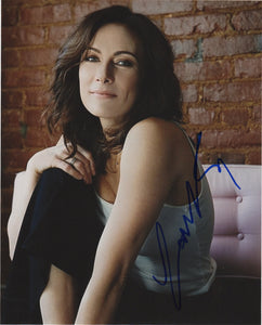 Laura Benanti Sexy Signed Autograph 8x10 Photo #3 - Outlaw Hobbies Authentic Autographs