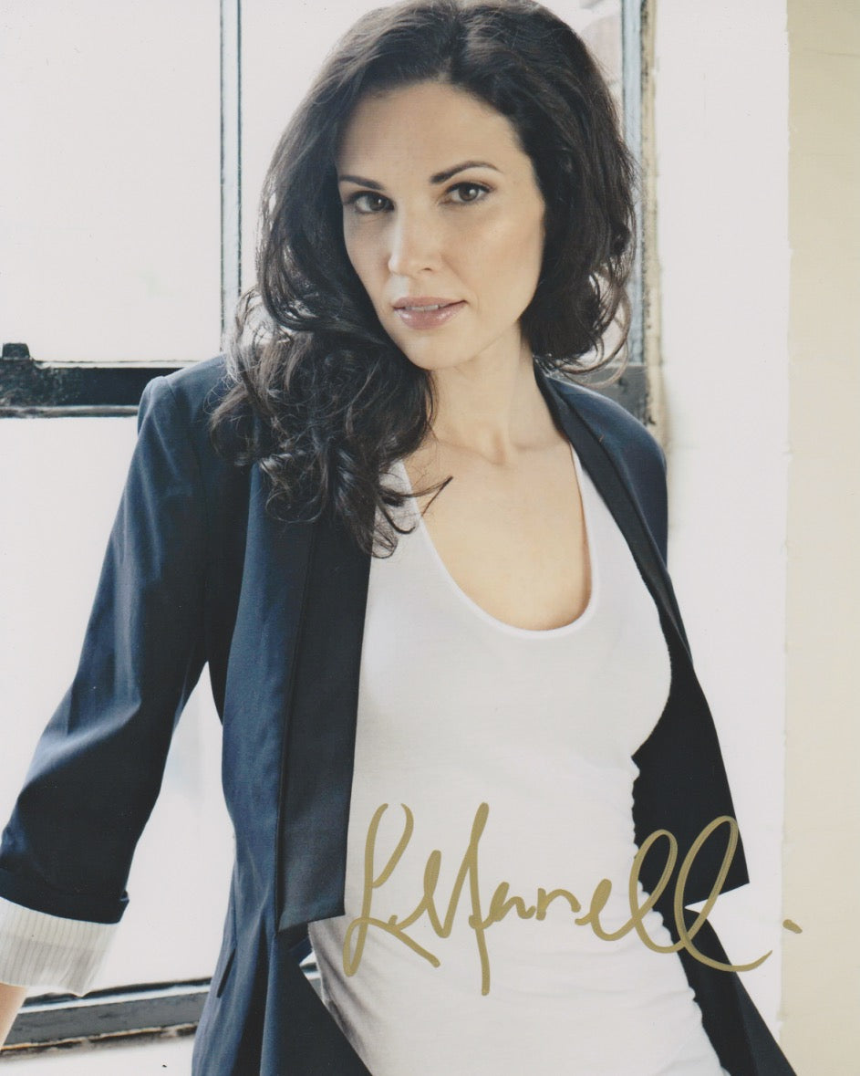 Laura Mennell Sexy Autograph Signed 8x10 Photo #2