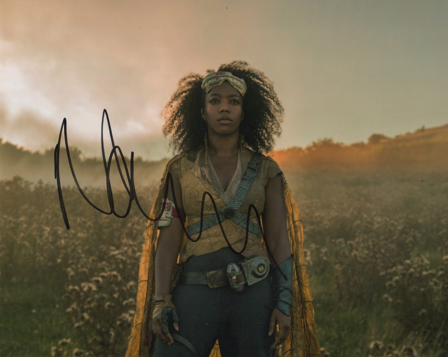 Naomi Ackie Star Wars Signed Autograph 8x10 Photo - Outlaw Hobbies Authentic Autographs