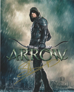 Stephen Amell Arrow Autograph Signed 8x10 Photo #24