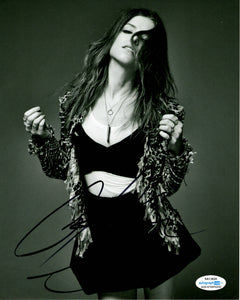 Anna Kendrick Sexy Signed Autograph 8x10 Photo #2 - Outlaw Hobbies Authentic Autographs