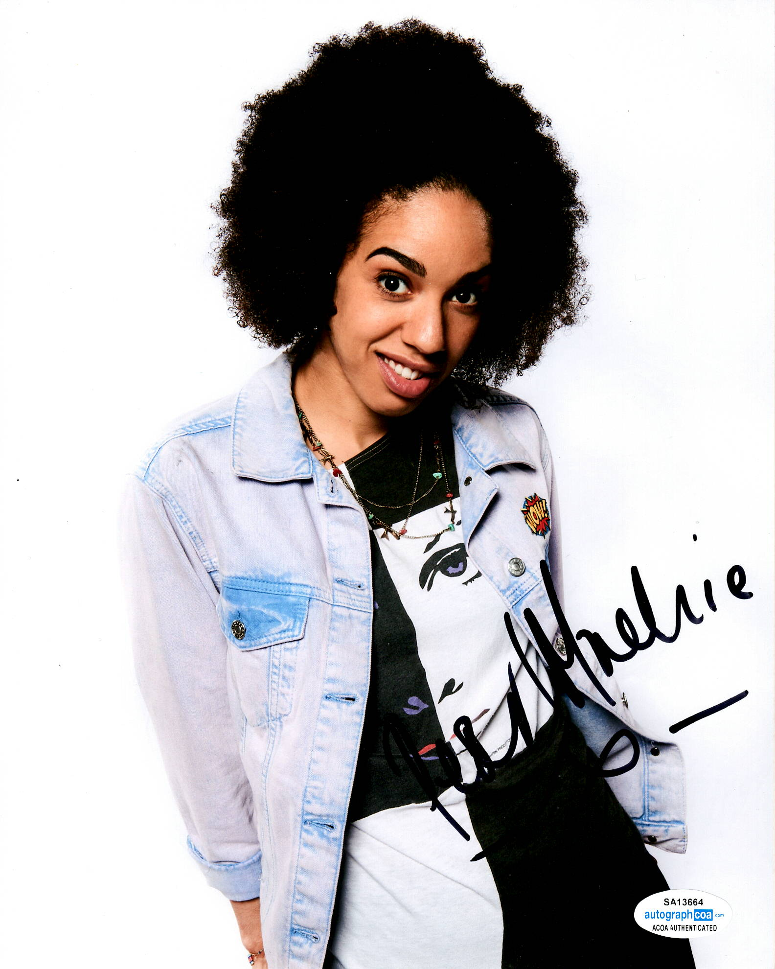 Pearl Mackie Doctor Who Signed Autograph 8x10 Photo #4 - Outlaw Hobbies Authentic Autographs