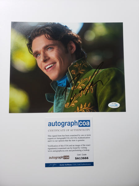 Richard Madden Cinderella Signed Autograph 8x10 Photo - Outlaw Hobbies Authentic Autographs