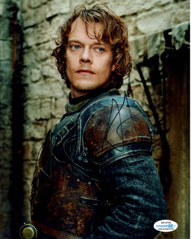 Alfie Allen Game of Thrones Signed Autograph 8x10 Photo #4