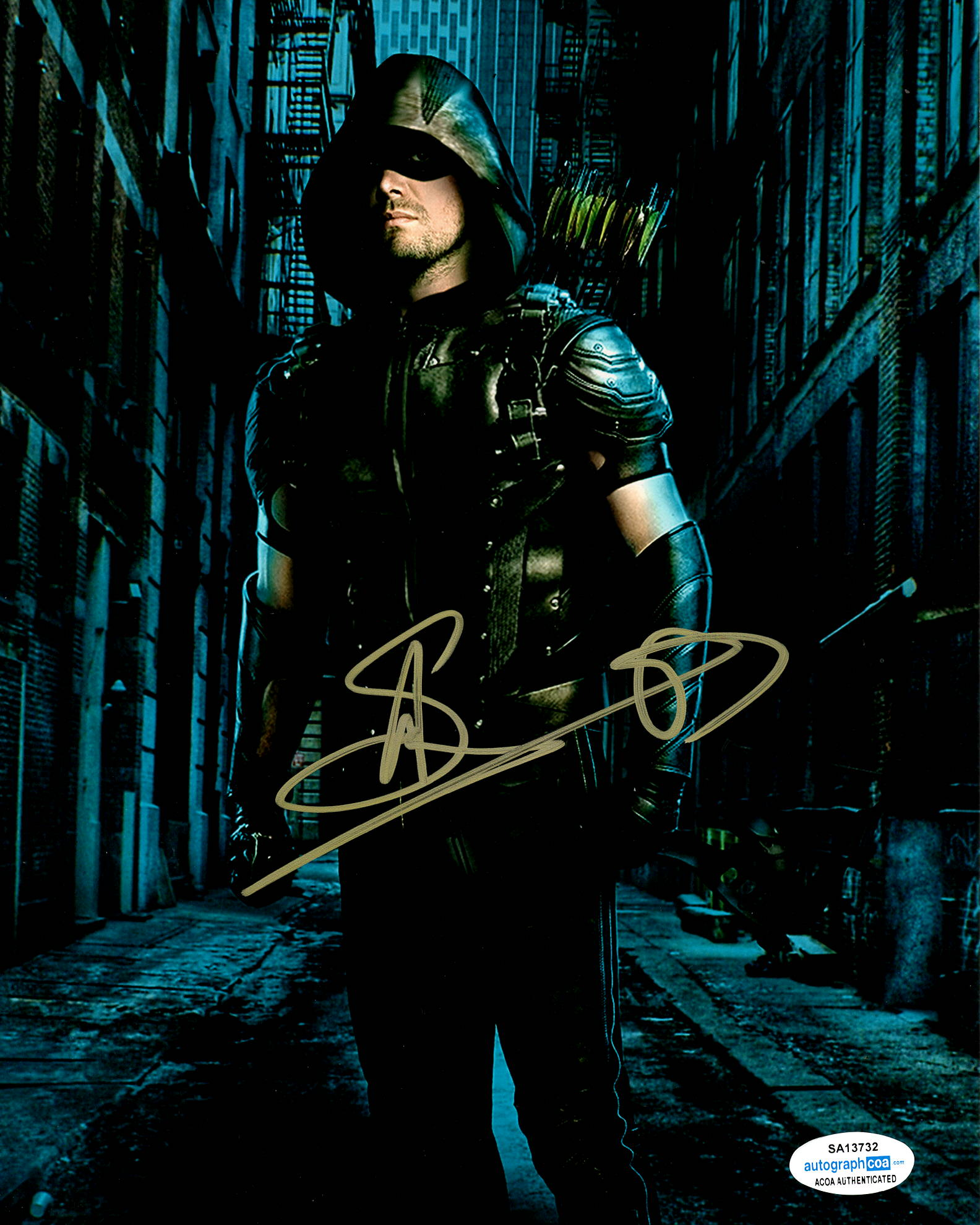 Stephen Amell Arrow Signed ACOA Autograph 8x10 Photo #1 - Outlaw Hobbies Authentic Autographs