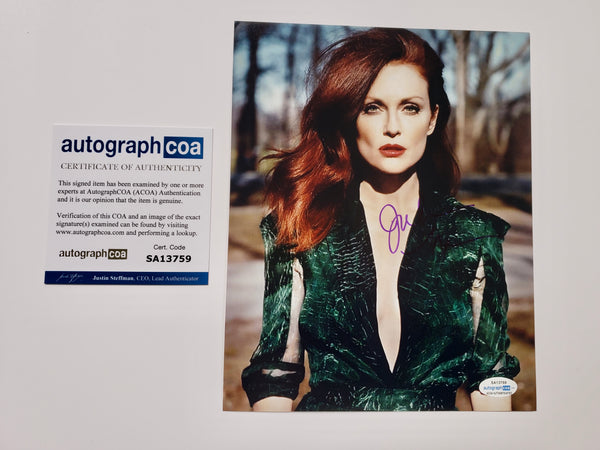Julianne Moore Sexy Signed Autograph 8x10 Photo ACOA - Outlaw Hobbies Authentic Autographs