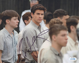 Liam Hemsworth Hunger Games Signed Autograph 8x10 Photo ACOA - Outlaw Hobbies Authentic Autographs