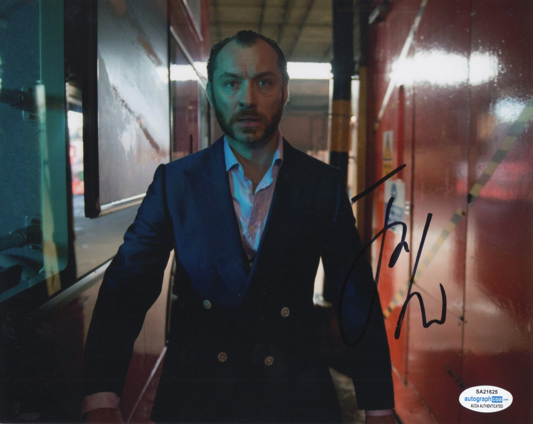 Jude Law Signed Autograph 8x10 Photo ACOA #5