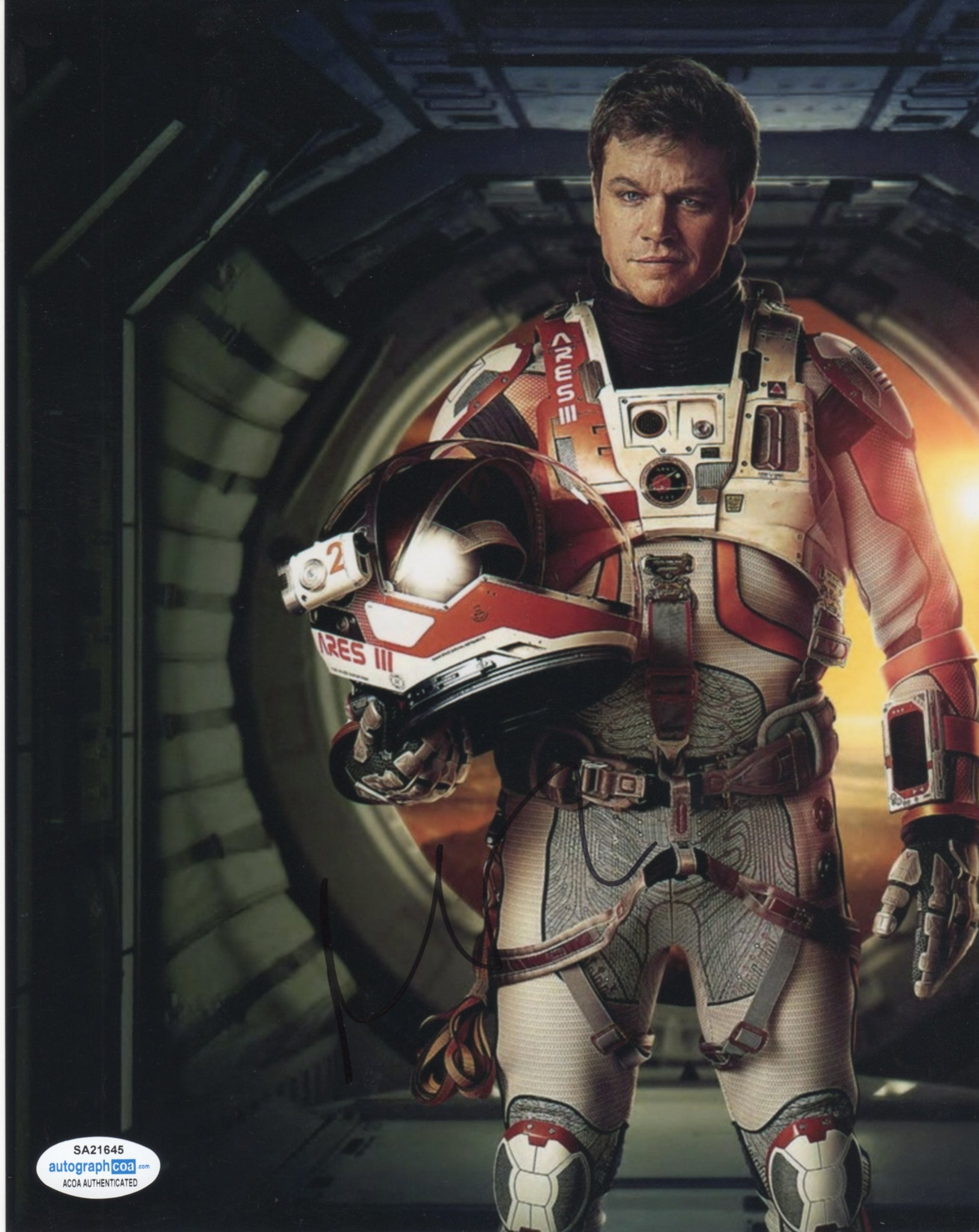 Matt Damon The Martian Signed Autograph 8x10 Photo ACOA - Outlaw Hobbies Authentic Autographs