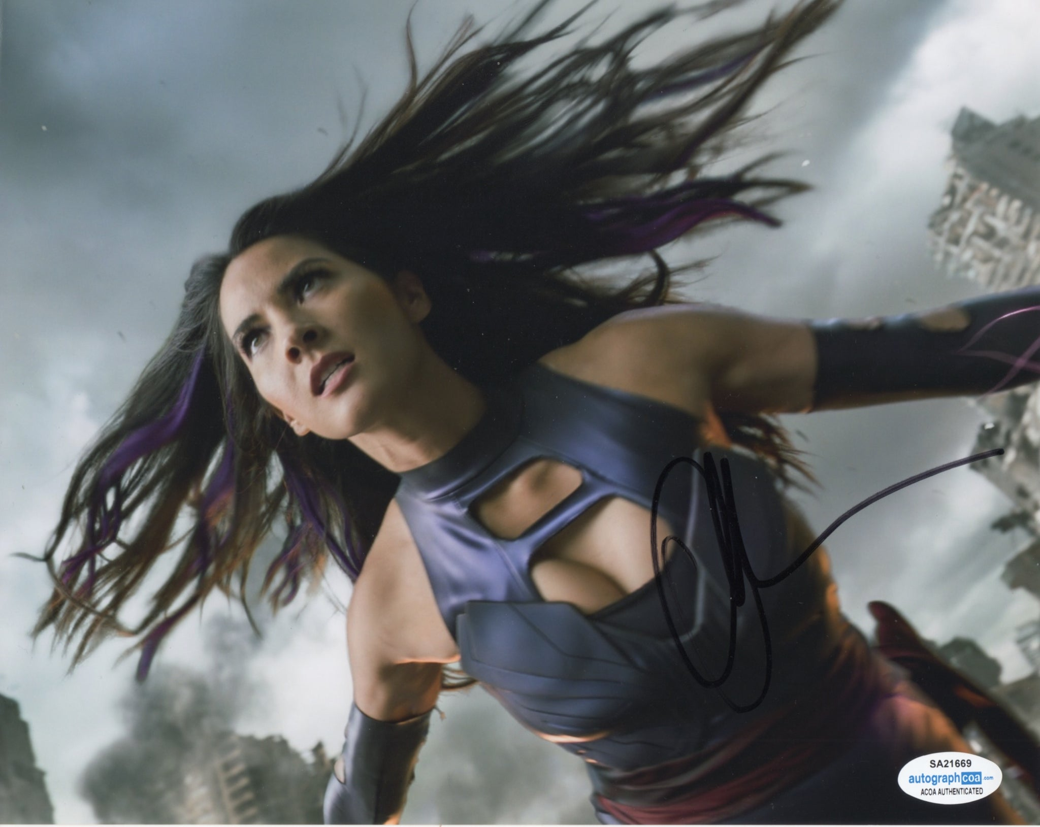 Olivia Munn XMen Signed Autograph 8x10 Photo ACOA - Outlaw Hobbies Authentic Autographs