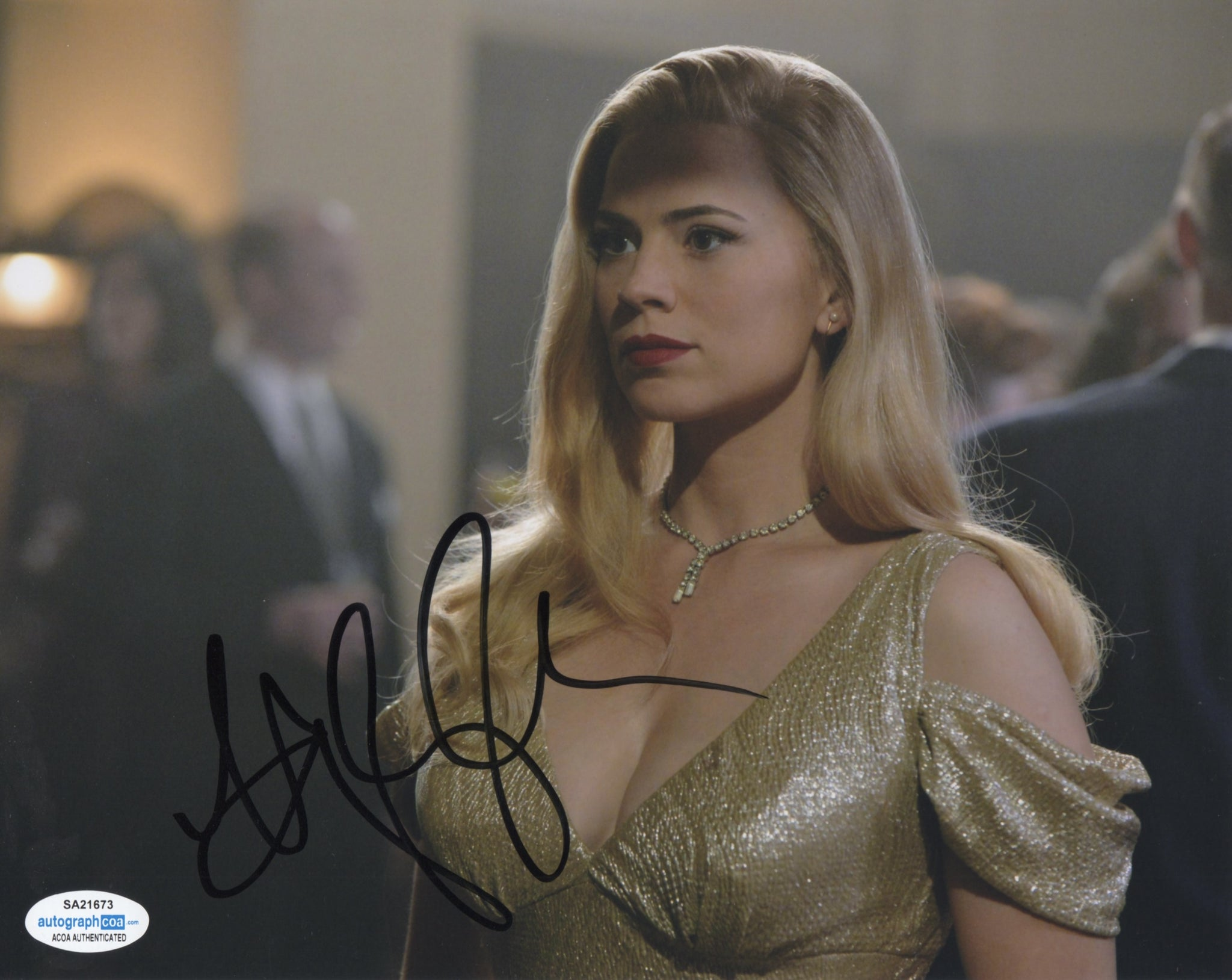 Hayley Atwell Agent Carter Sexy Signed Autograph 8x10 ACOA Photo #4