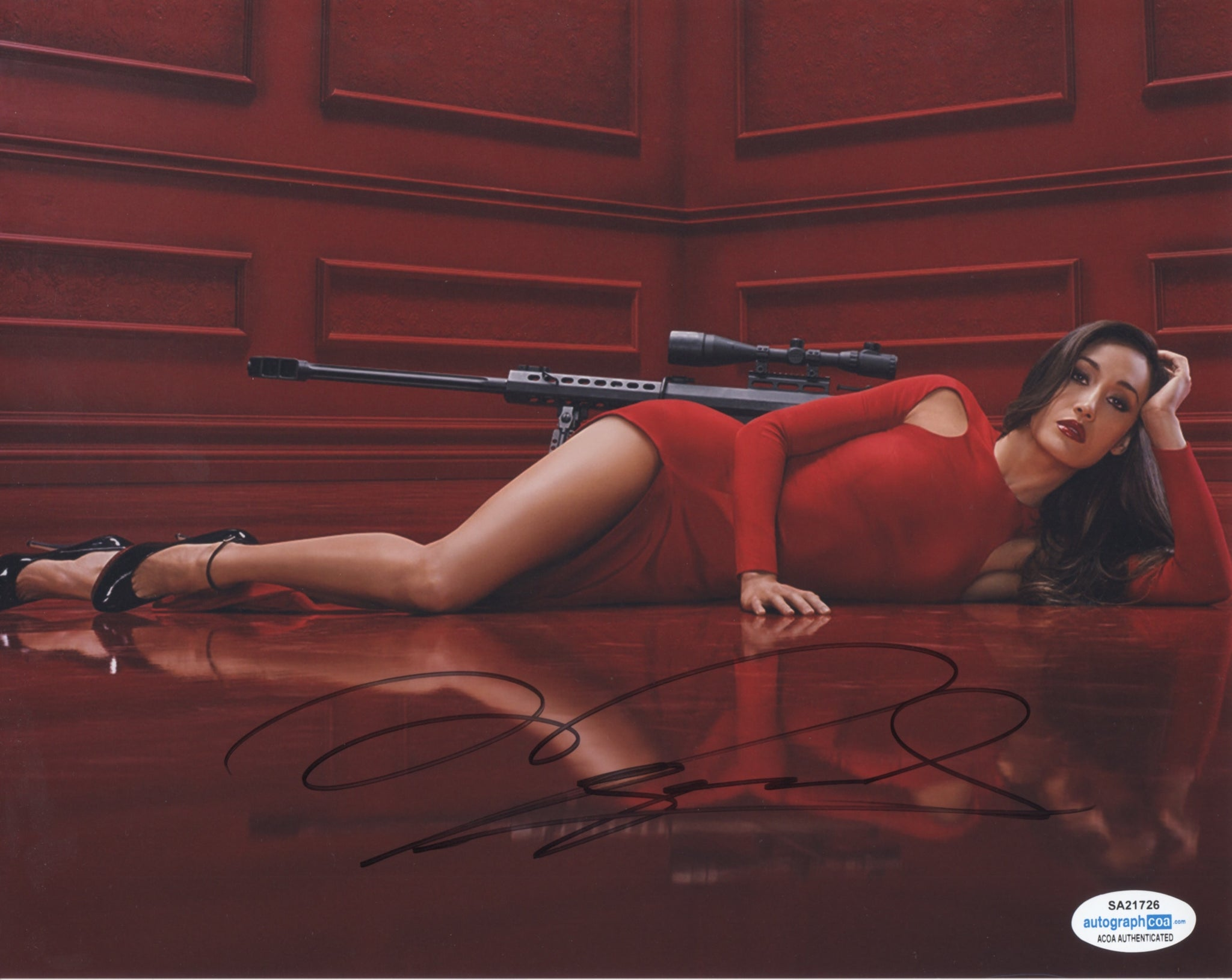Maggie Q Nikita Sexy Signed Autograph 8x10 Photo ACOA - Outlaw Hobbies Authentic Autographs