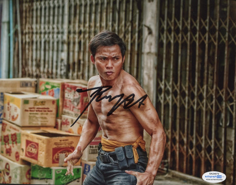 Tony Jaa Skin Trade Signed Autograph 8x10 Photo ACOA Authentic #3 - Outlaw Hobbies Authentic Autographs