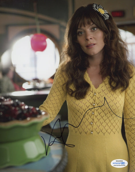 Anna Friel Pushing Daisies Signed Autograph 8x10 Photo ACOA #7 - Outlaw Hobbies Authentic Autographs