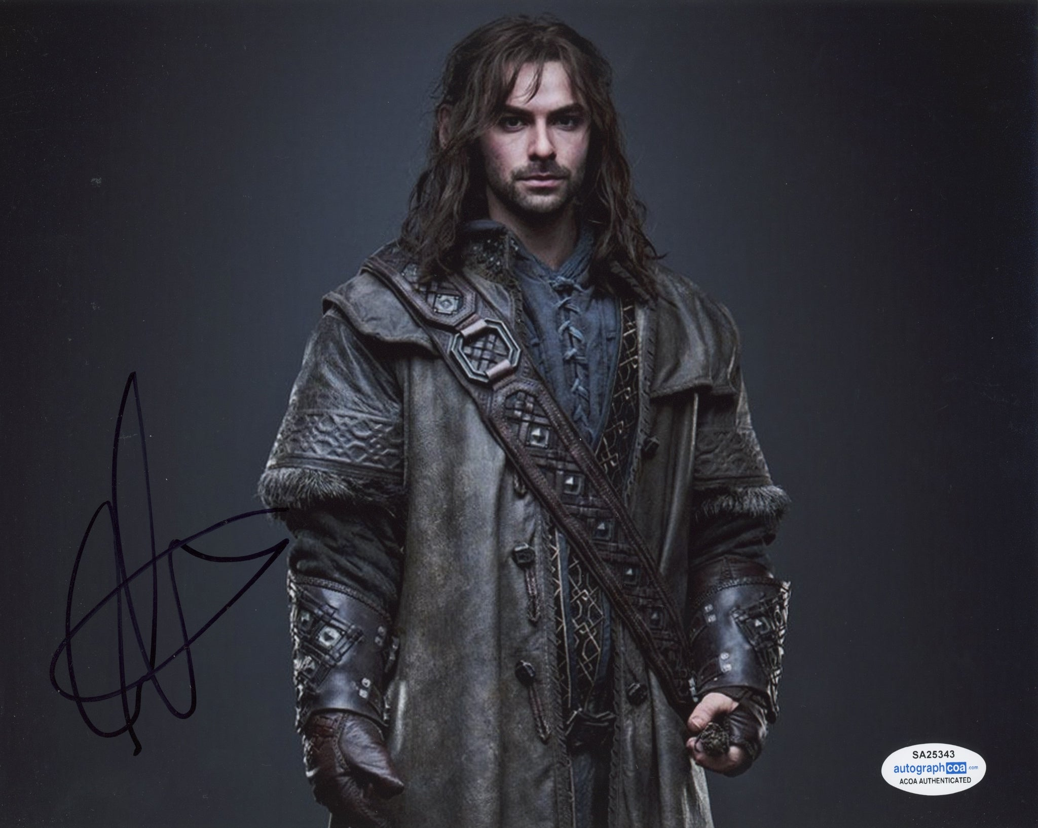 Aidan Turner The Hobbit Signed Autograph 8x10 Photo ACOA #9