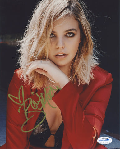 Bailee Madison Sexy Signed Autograph 8x10 Photo ACOA #3