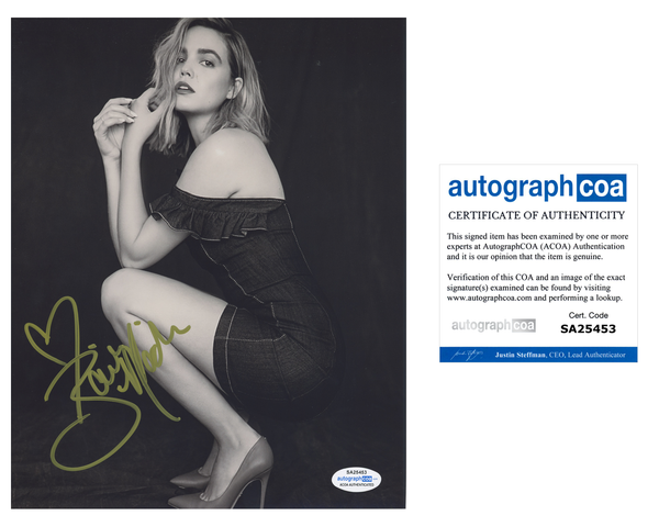 Bailee Madison Sexy Signed Autograph 8x10 Photo ACOA #4