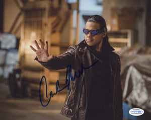 Carlos Valdes Flash Signed Autograph 8x10 Photo ACOA Arrow