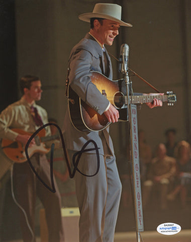 Tom Hiddleston I saw the Light Signed Autograph 8x10 Photo ACOA - Outlaw Hobbies Authentic Autographs