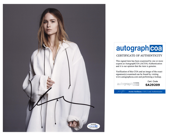 Katherine Waterston Fantastic Beasts Signed Autograph 8x10 Photo ACOA #5